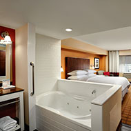 Luxury Whirlpool 2 Bedroom Suite